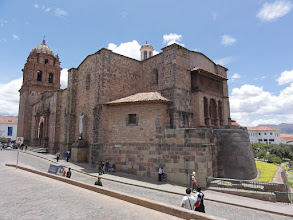 Photo: The foundations of most buildings in the historic downtown area are from Inca time or even before. This is the Inka Temple Coricancha, surrounded today by the Cathedral of Santo Domingo.