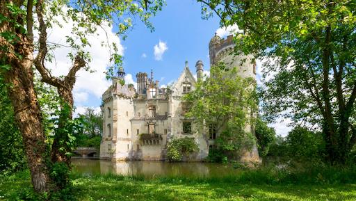 château médiéval de la Mothe Chandeniers