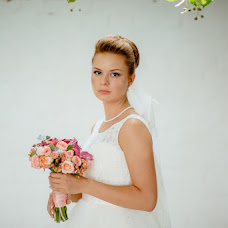 Wedding photographer Aleksandr Uvarov (Uvar13). Photo of 29.11.2013