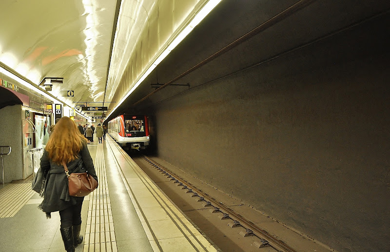 l'ennesima fuga dalla metro di Ilaria Bertini