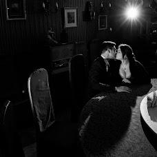 Wedding photographer Viktor Savelev (Savelyevart). Photo of 12.11.2017