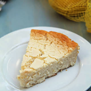 Crustless Lemon Honey Cheesecake.