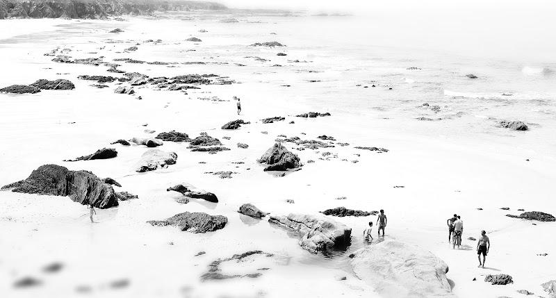 La spiaggia fosca di Luca Mandelli