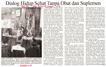 Photo: Bali Post (Senin Paing) article  January 28 2013  This article was about the vegan event at Universitas Warmadewa, Denpasar I spoke and gave a food demo for. http://www.facebook.com/photo.php?fbid=513734895315969  I'm holding up nutritional yeast flakes for my vegan cheese sauce demo.