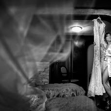 Wedding photographer Marius Marcoci (mariusmarcoci). Photo of 10.10.2017