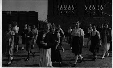 Photo: 1952  1. Mai, fotografiert und bearbeitet von Foto AG (Elfriede Seel, Ingrid Goretzki jetzt Steinkopf)