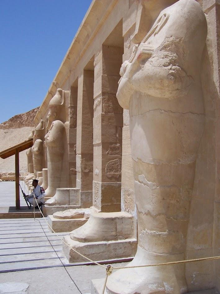 Visite o Templo de Hatshepsut, no Egito