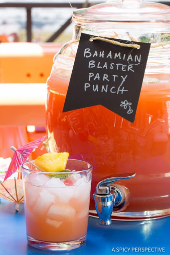 10 Best Party Drinks with Rum Recipes Planters Punch Gles on
