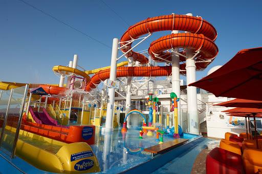 carnival-vista-WaterWorks.jpg - On Carnival Vista, the largest pool, Waterworks, features a huge spiral waterslide.