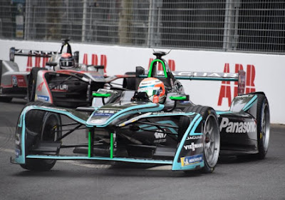 Les chemins de Nelson Piquet Junior et de Panasonic Jaguar Racing se séparent