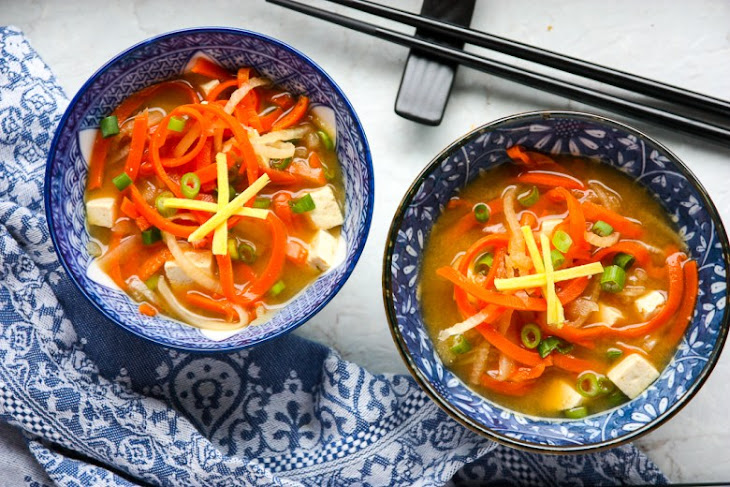 Vegetable Miso Soup – Miso Based Vegetable Soup