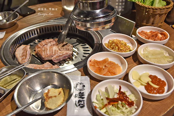 吃肉 EatMeat 韓式烤肉