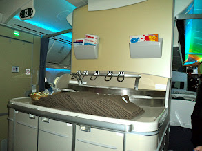 Photo: We are on 787 Dreamliner!