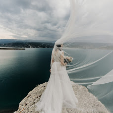Wedding photographer Oksana Bazhaeva (Oksi85). Photo of 16.10.2018