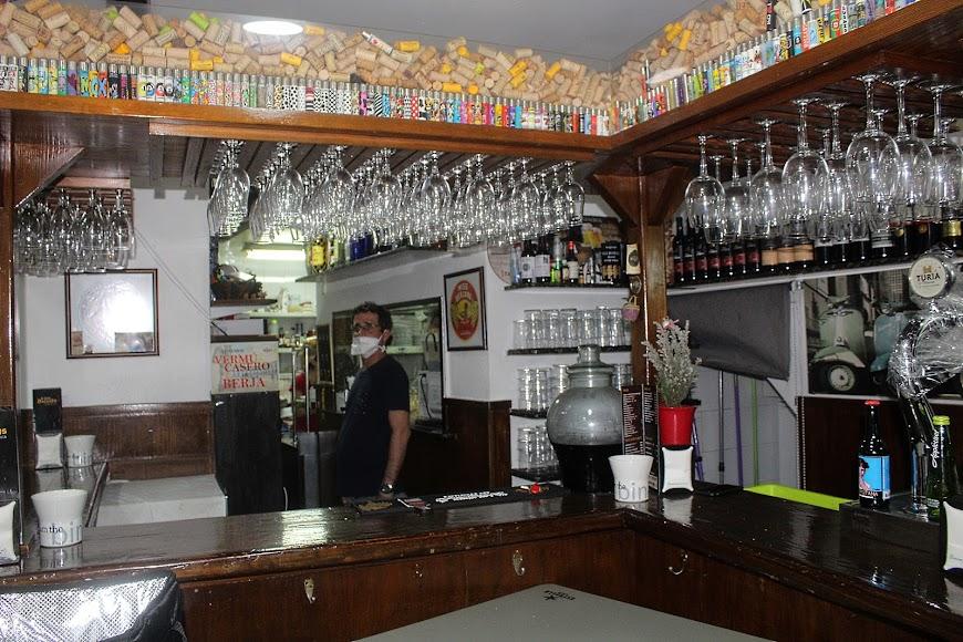Manuel Santaella en su Brasería A Dos Ascuas, ubicado en calle peatonal Padre Alfonso Torres.