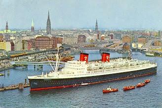 Photo: HANSEATIC (Hamburg-Atlantik Line)