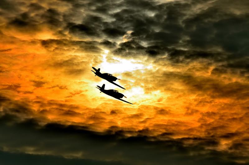 Volare per ammirare il fascino della terra di Matteo Permunian