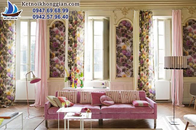 thiết kế phòng khách với rèm họa tiết nhiều màu
