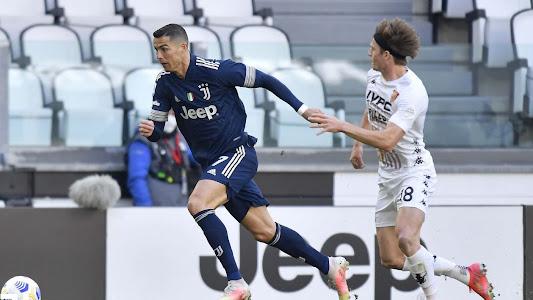 Demi Pulang ke Manchester United, Cristiano Ronaldo Rela Lakukan 1 Hal - Bolasport.com
