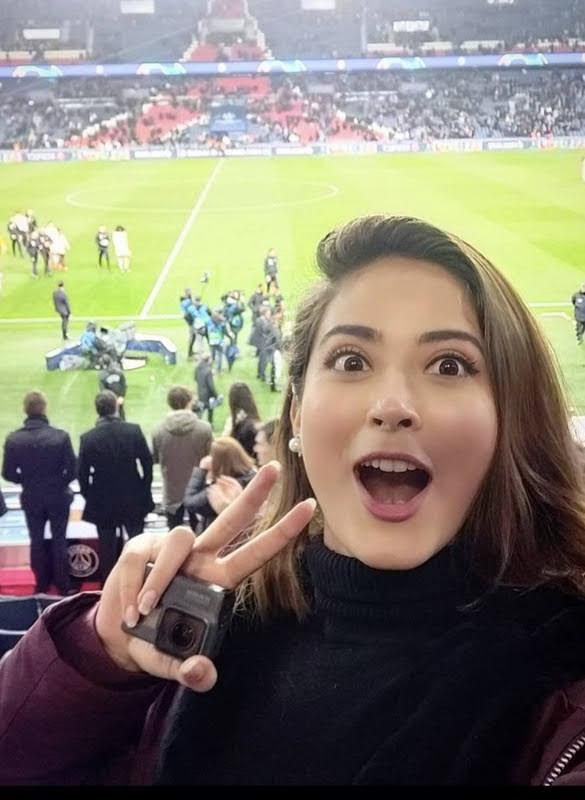 म्यानचेस्टर युनाइटेडको खेल हेर्न मिस नेपाल श्रृंखला फ्रान्समा