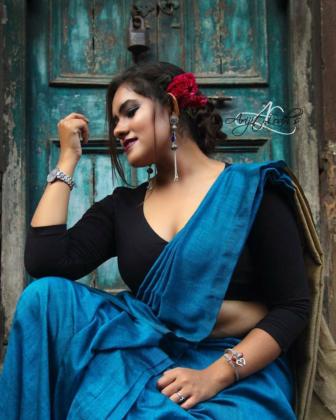 Bengali Model Dwiti Roy- hot Saree Pic Collection! Navel Queens