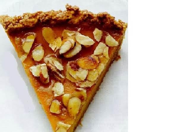 Amaretto Pumpkin Pie With Almond Praline Recipe