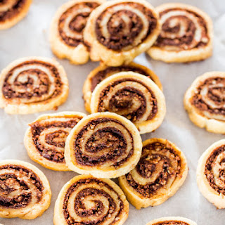 Cinnamon Chocolate Pecan Pie Cookies
