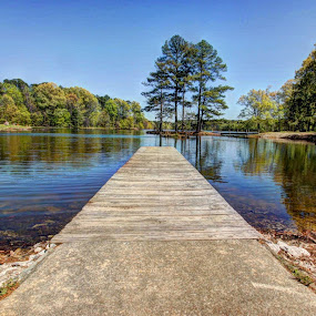 A wide view of Herb Parson's Lake by Joe Machuta - Landscapes Waterscapes
