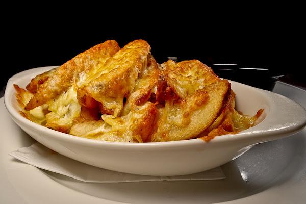 會牽絲的超好吃美國馬鈴薯起司薯條 , N.Y. BAGELS CAFE 信義店