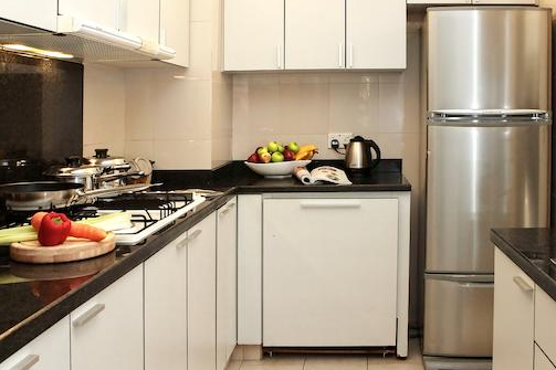 Full kitchen at Anthony Rd Residences, Orchard Road
