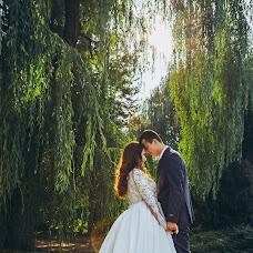 Wedding photographer Lora Kravcova (wedlora). Photo of 24.09.2017