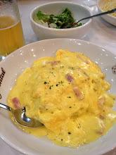Photo: 大阪ユニバーサルシティウォーク オリエンタルダイナー:カルボナーラ風オムライスという卵づくしなメニュー。