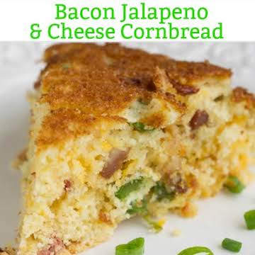 Southern Cheesy Jalapeno Bacon Skillet Cornbread