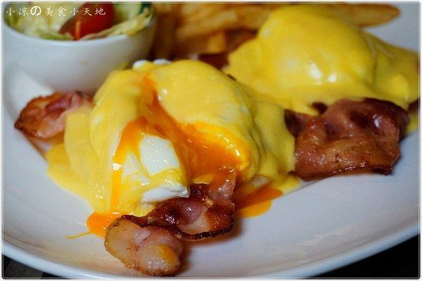 Little N.Y.小紐約║中科早午餐。聚餐新選擇。充滿色彩の工業風。邪惡の班尼克蛋誘惑你味蕾