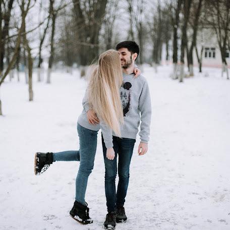 Wedding photographer Yulya Emelyanova (julee). Photo of 30.01.2018
