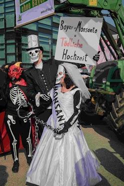 Demo: Tödliche Hochzeit.