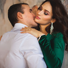 Wedding photographer Elena Batova (HelenaBatova). Photo of 24.12.2016