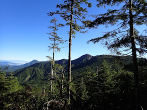 八ヶ岳北部の展望(左奥は北アルプス)