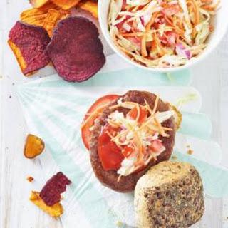 American Burger Met Coleslaw