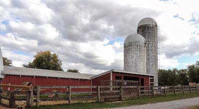 Photo: the barn at Gettysburg Farm Thousand Trails - Outdoor World