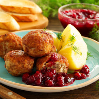 Hearty Turkey Meatballs with Cherry Sauce