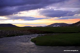 Photo: Рассвет на кочевье Алтанцогц