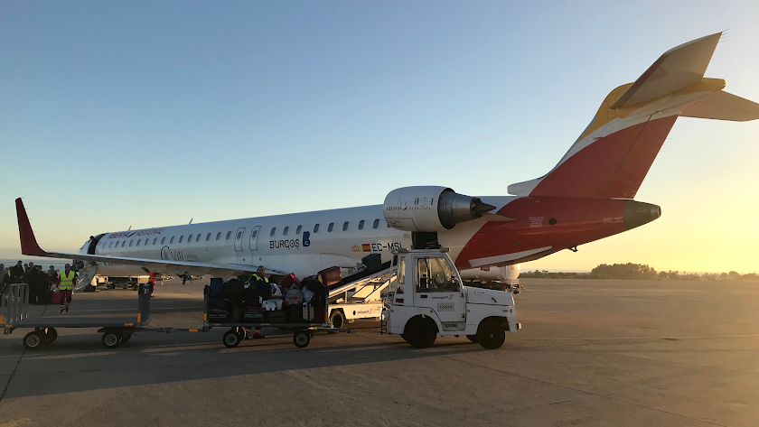Hoy y mañana se producirán ocho cancelaciones en los vuelos que unen Almería con Madrid.