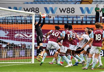 🎥 Nee, toch? Sheffield United wordt doelpunt onthouden bij terugkeer Premier League omdat... horloge van scheidsrechter pas tijdens de rust trilt