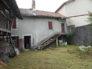 maison à Cayrols (15)