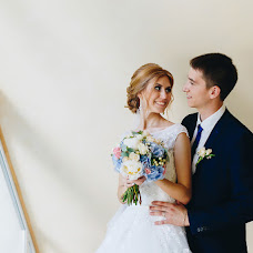 Wedding photographer Sergey Ilin (man1k). Photo of 02.09.2017