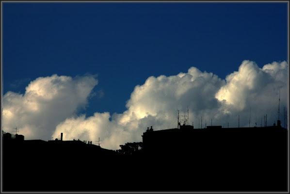 Adagiate sui tetti di auraamato16