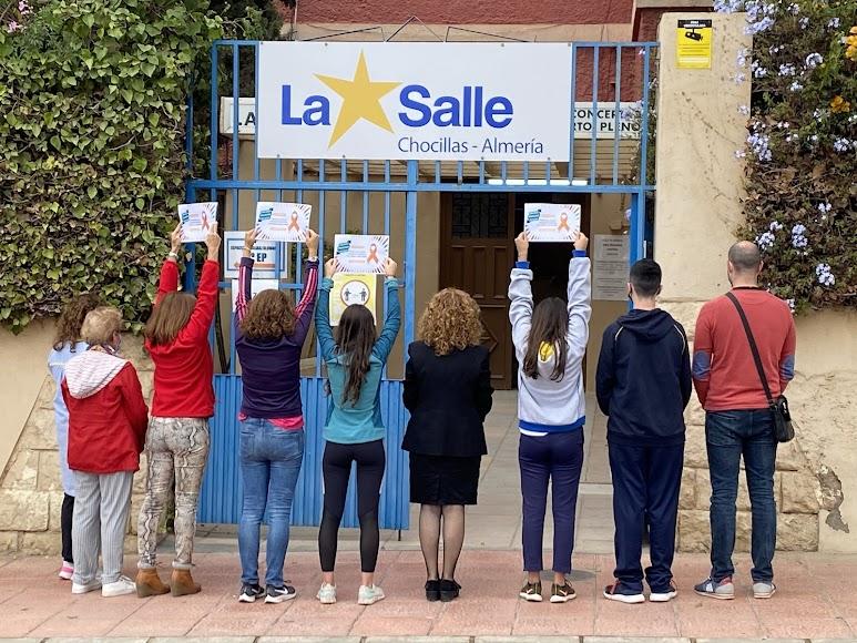 Concentración contra la Ley Celáa en la puerta de La Salle Chocillas