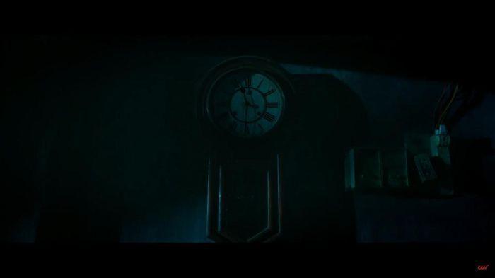 Sau 'Thiên linh cái', Quang Tuấn lại sống trong ngôi nhà ma ám trong phim  kinh dị 'Bóng đè' - GUU.vn