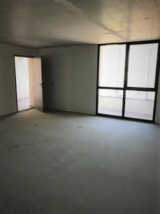 Vente divers 1 pièce 34 m2